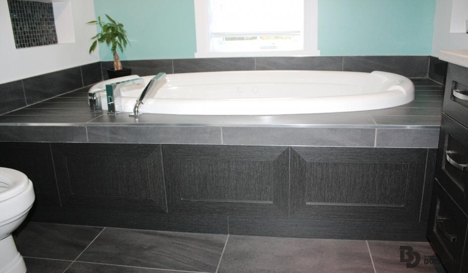 La confortable salles de bains contemporain le groupe bois d 39 or - Contour de bain acrylique ...